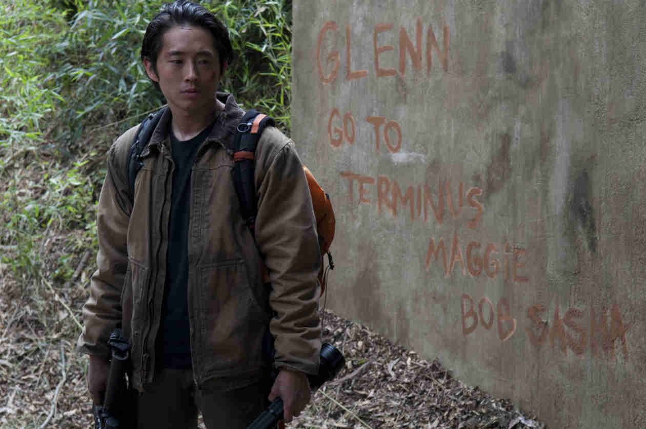 The Walking Dead Season 5: See Glenn, Gareth at Church, Walkers at Terminus (VIDEO)