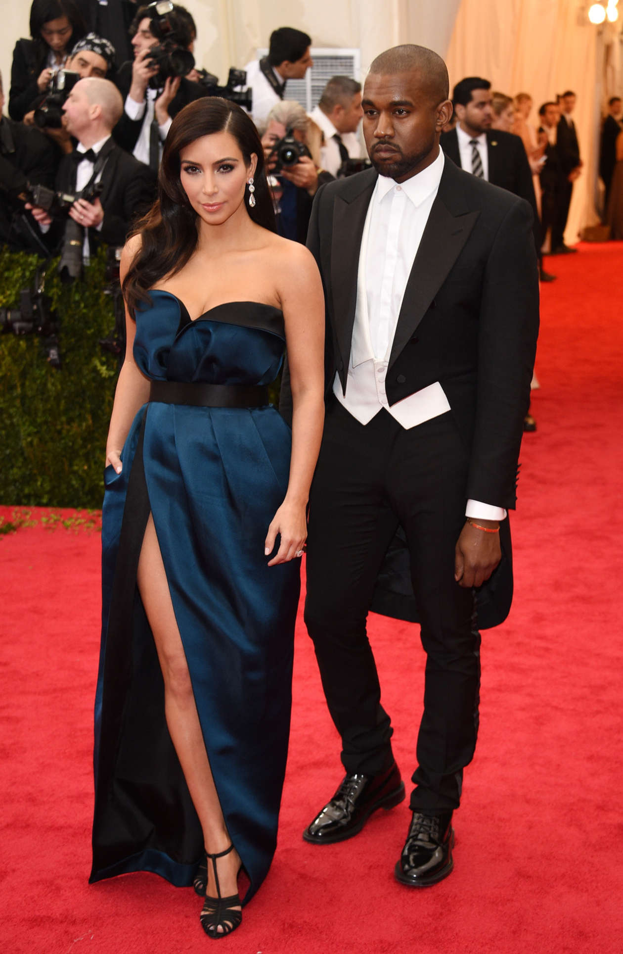 Are Kim Kardashian and Kanye West Already Selling Their New Home? (VIDEO)