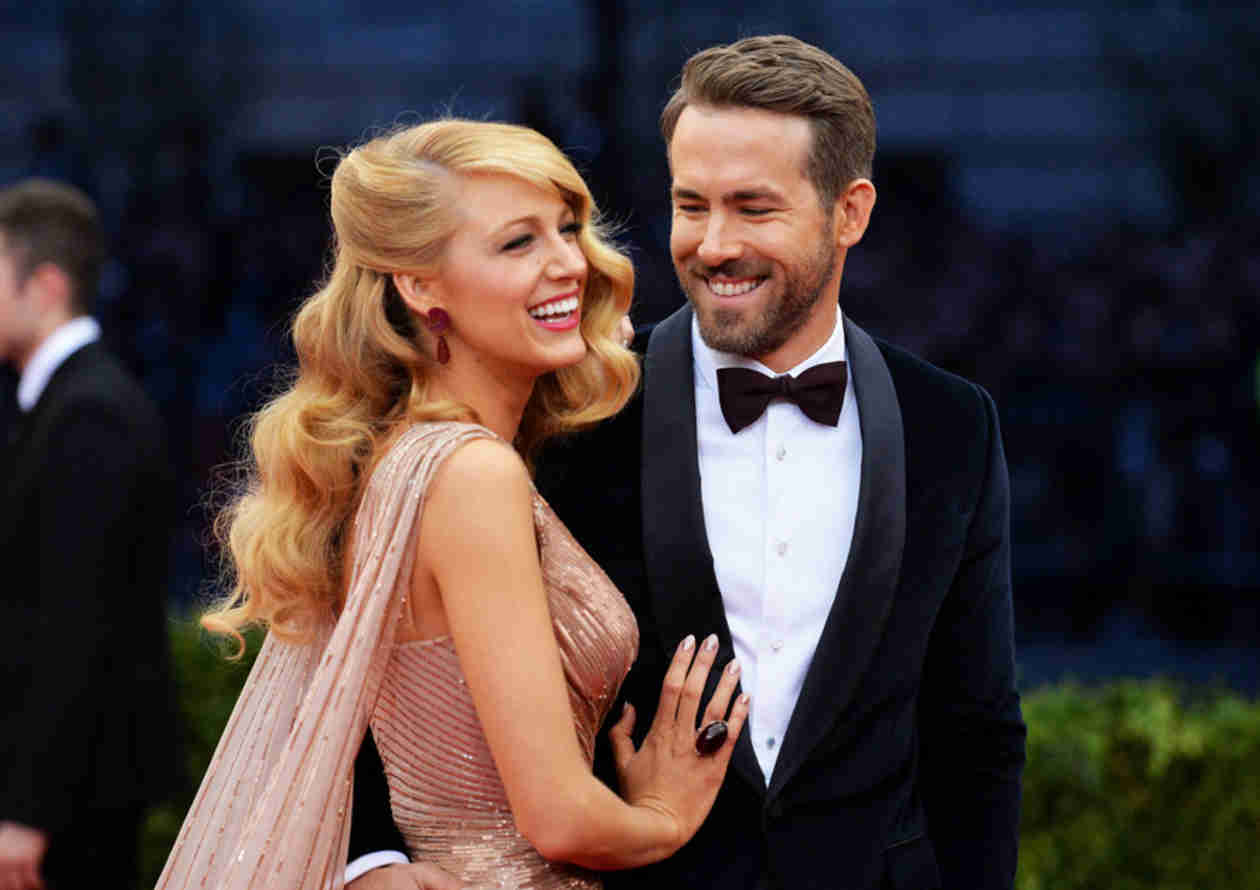 "Blake Lively Says Her Wedding With Ryan Reynolds Was a ""Disaster"" (VIDEO)"