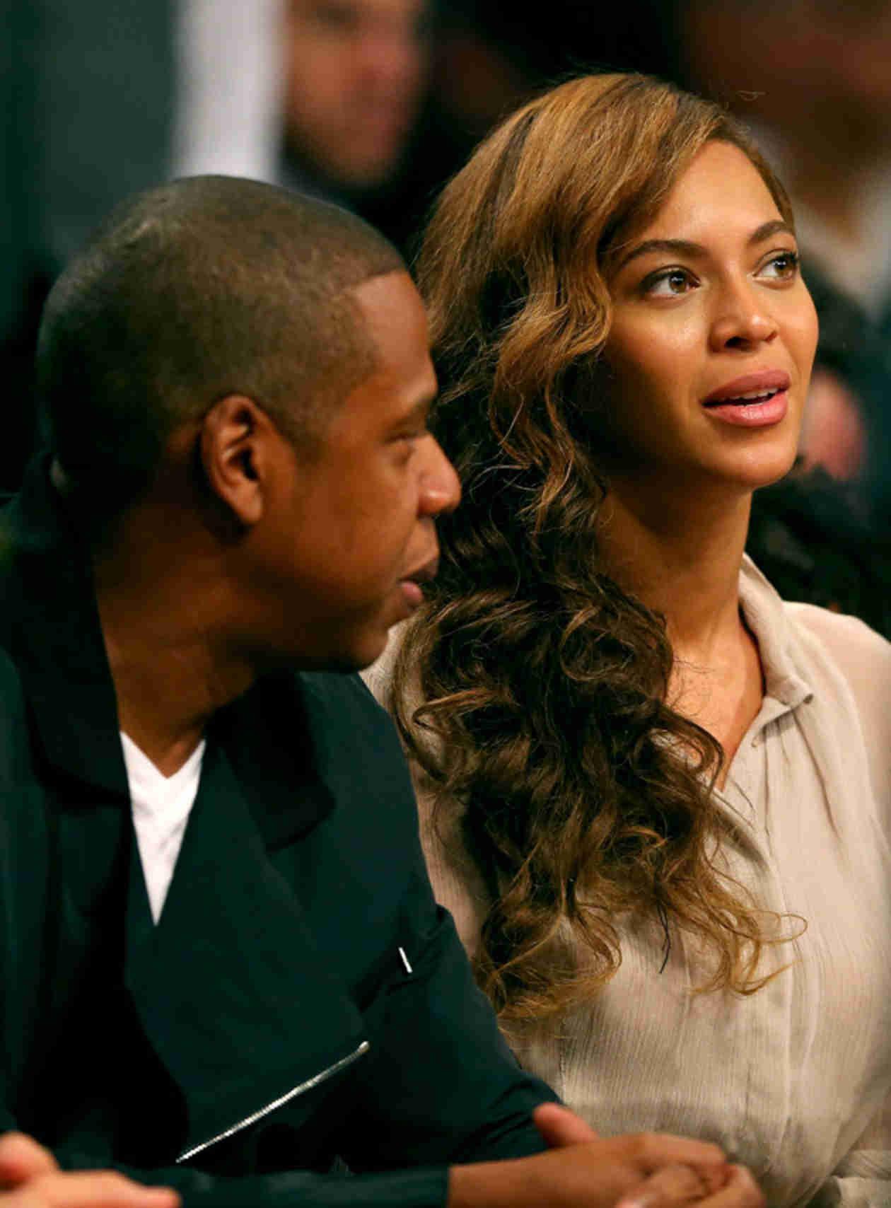 """BET Awards 2014: Jay Z Raps New """"Partition"""" Verse, Beyonce Pole Dances (VIDEO)"""
