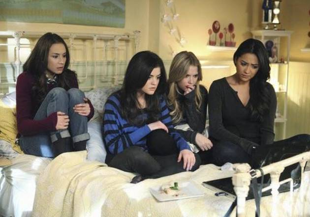 Pretty Little Liars Knocked Out of Twitter Ratings By WHICH Surprising Show? You'll Never Guess!