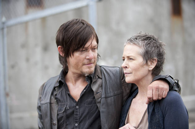 The Walking Dead Season 5 Filming Spoilers: Carol, Daryl in Van That Falls Off Bridge? (VIDEO)