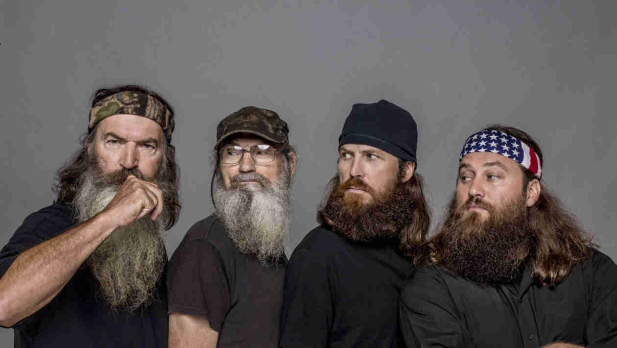 Duck Dynasty's Si Robertson Reveals Reason His Wife Isn't on the Show