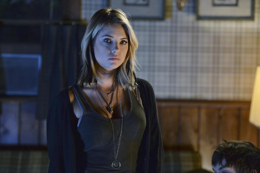 "Pretty Little Liars Promo: Season 5, Episode 8 — ""Scream for Me"" (VIDEO)"
