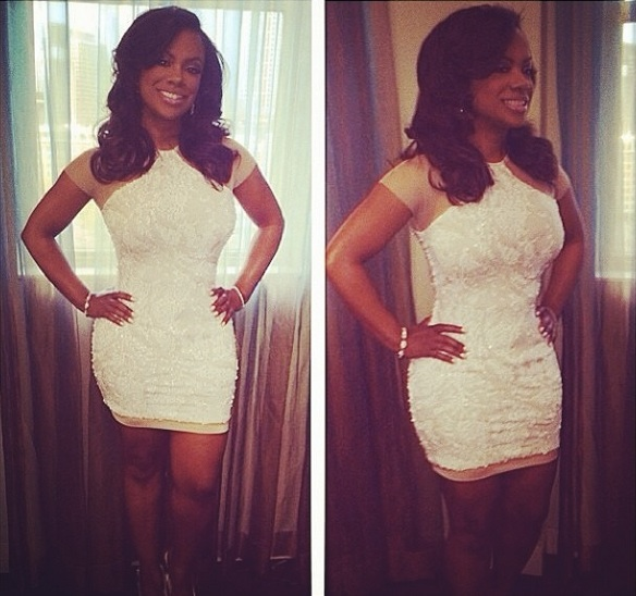Kandi Burruss Shows Off Super-Slim Figure — Thanks to a Corset! (PHOTO)