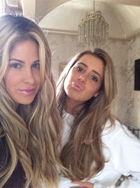 Tour Brielle Zolciak's Insane Closet — So Much Louis Vuitton! (VIDEO)