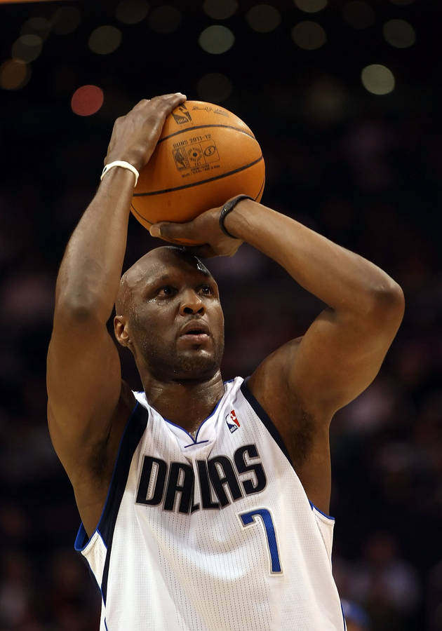 Lamar Odom Kicked Off Knicks For Failing to Show Up