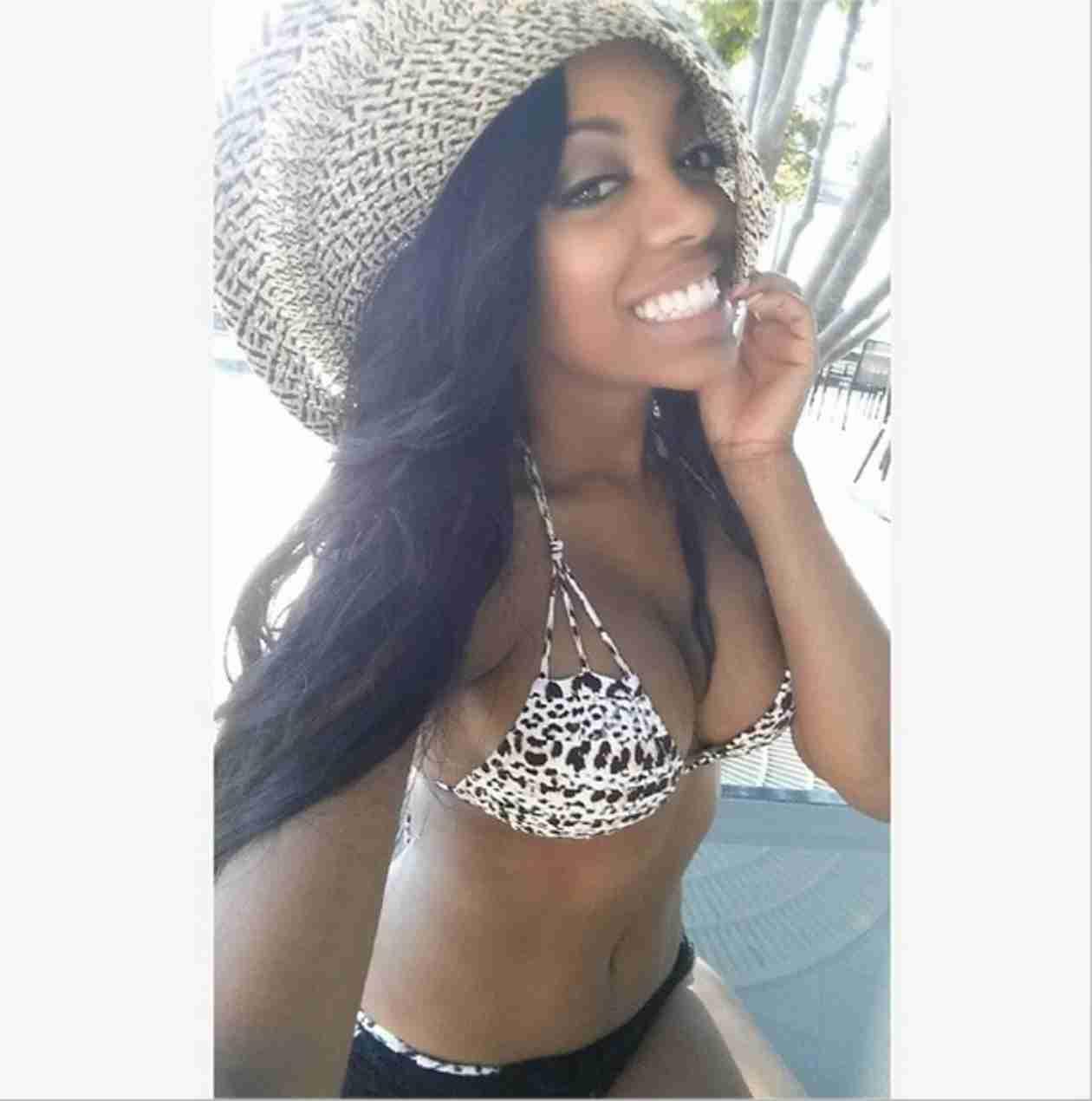 """Blessed"" Porsha Stewart Posts Bikini Photo"
