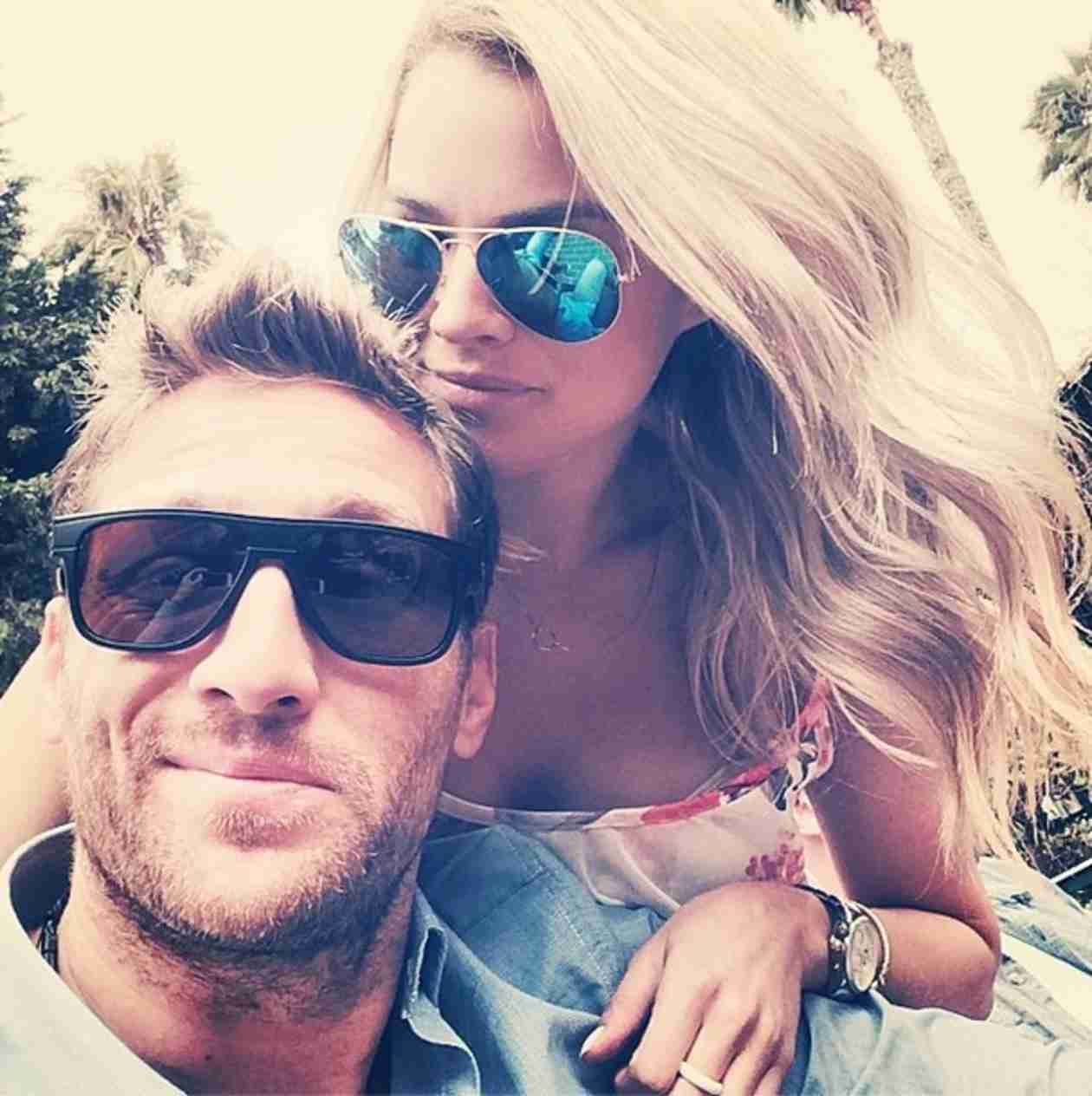 "Juan Pablo Galavis Lashes Out at Fashion Blogger: ""GET Your Facts STRAIGHT"""