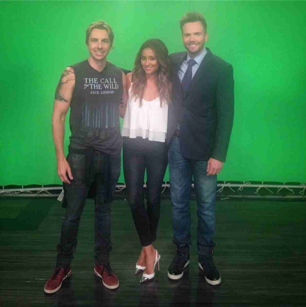 Shay Mitchell Guest Stars on The Soup With Joel McHale (PHOTO)