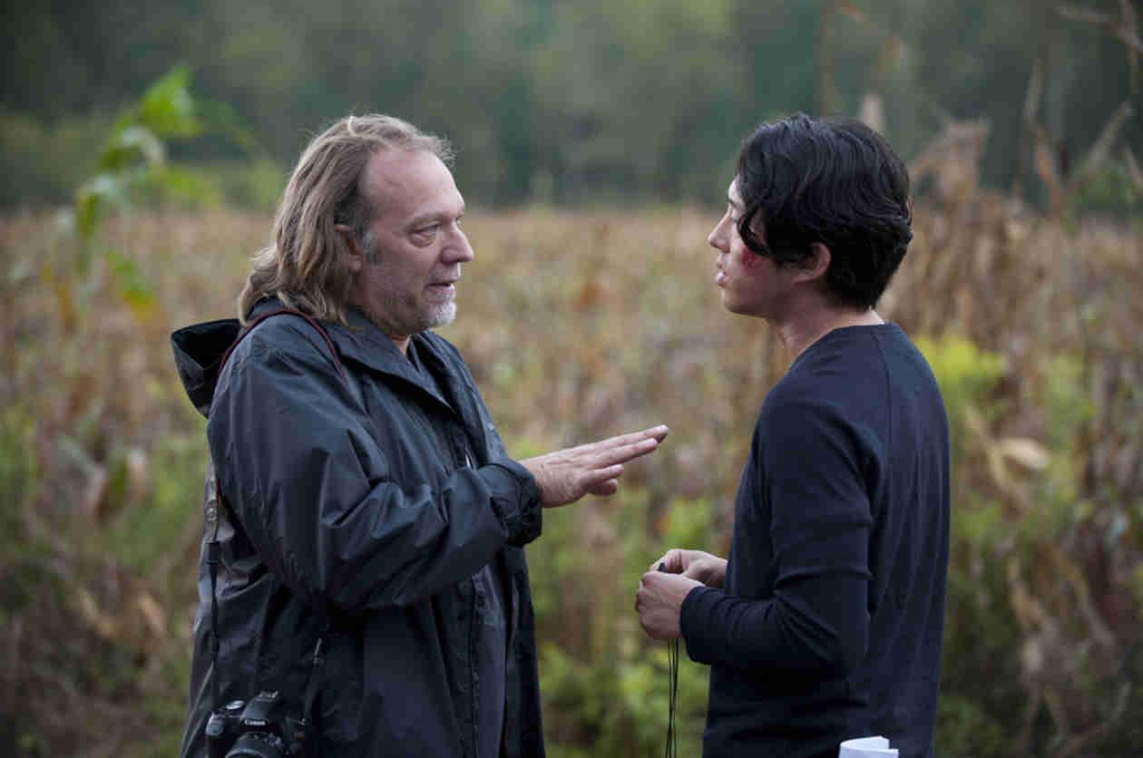 """Steven Yeun Talks About """"Intense Week"""" on The Walking Dead Season 5"""