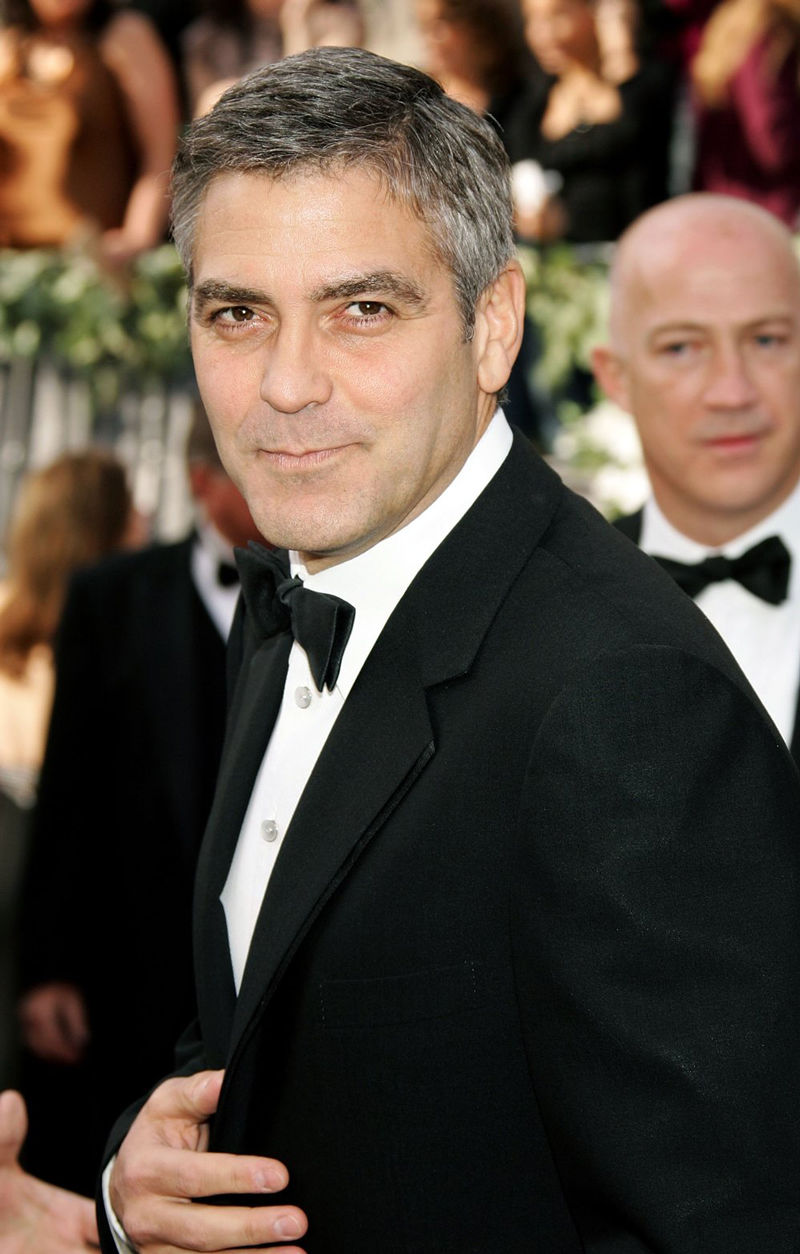 "George Clooney Writes Op-Ed On Daily Mail's Wedding Rumors: ""It Should Be Criminal"""