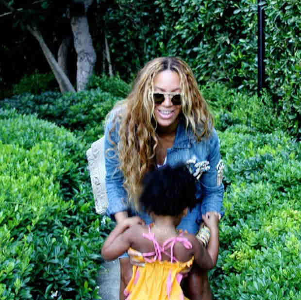 Beyoncé Responds to Separation Rumors With Adorable Photo of Blue (VIDEO)