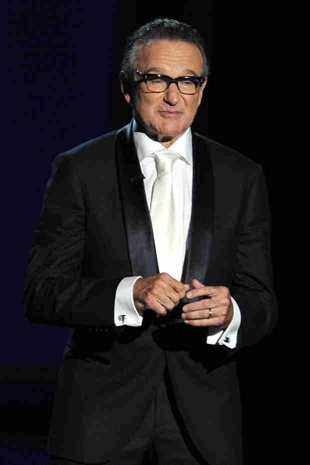 Robin Williams's Wife Issues Statement, Says He Had Parkinson's, Was Sober (VIDEO)
