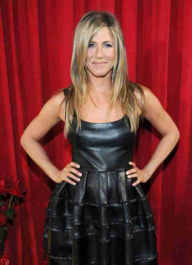 "Jennifer Aniston Puts Pregnancy Rumors to Rest! ""I Don't Have a Checklist"" (VIDEO)"