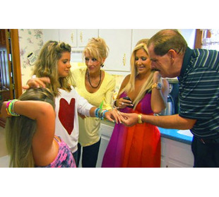 Has Kim Zolciak Called a Truce With Her Parents? She Says…