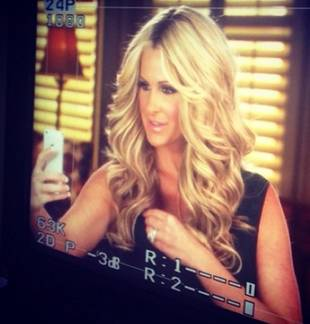 What's It Like Working With Kim Zolciak? Solo Cups, Selfies, and More! (VIDEO)