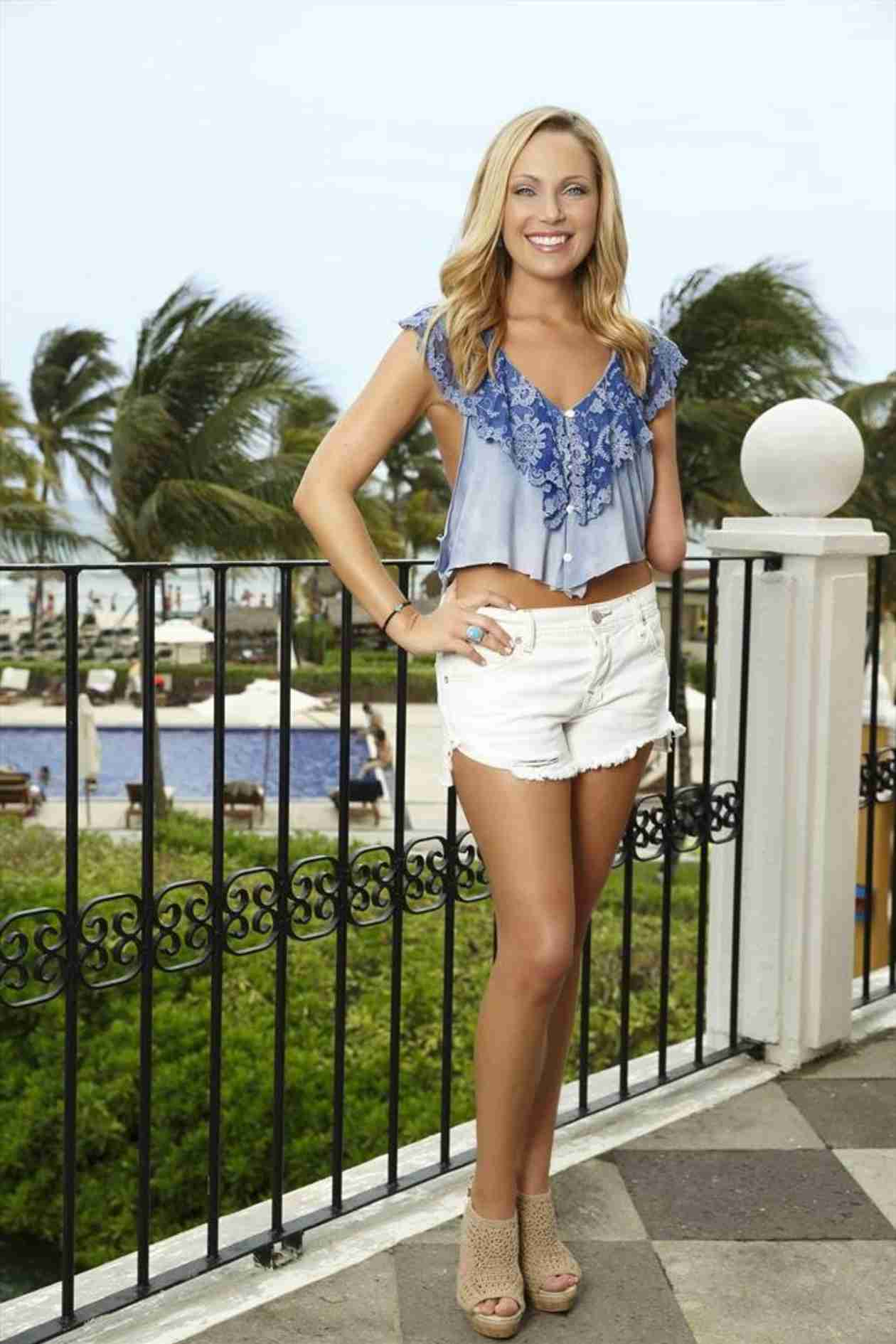 Bachelor in paradise contestant sarah herron why does - Modern family desiree ...