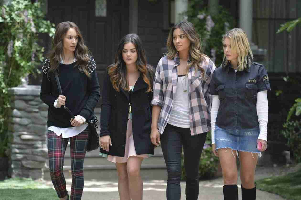 Pretty Little Liars Season 5 Summer Finale: Who Will Die?