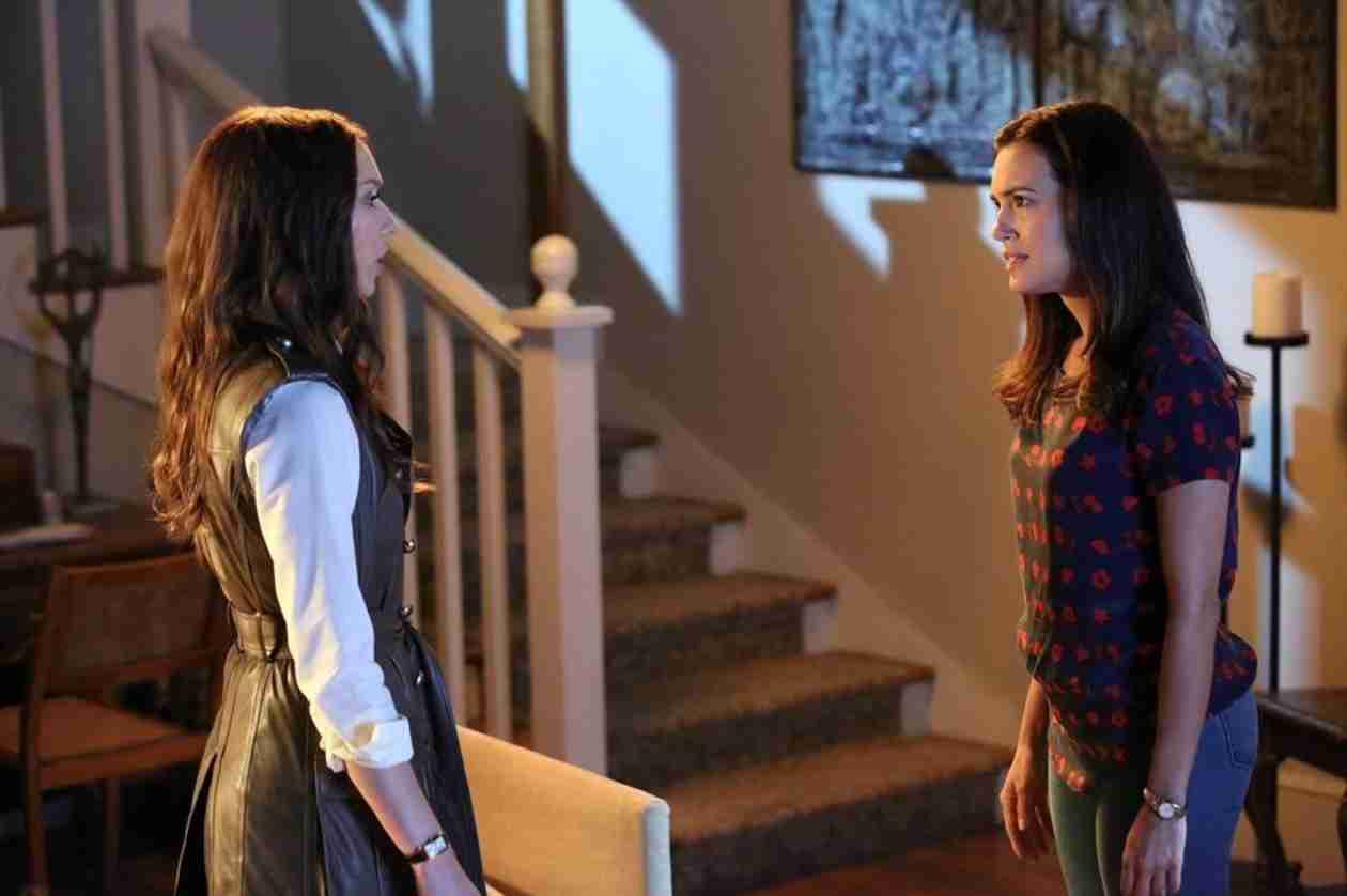 "Is Melissa ""A"" on Pretty Little Liars? Brendan Robinson Thinks So!"