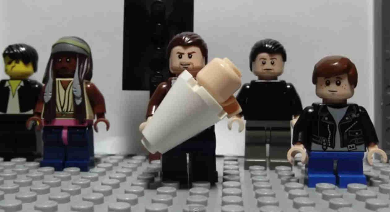 """Watch """"Glorious"""" Lego Version of The Walking Dead Season 5 Trailer (VIDEO)"""