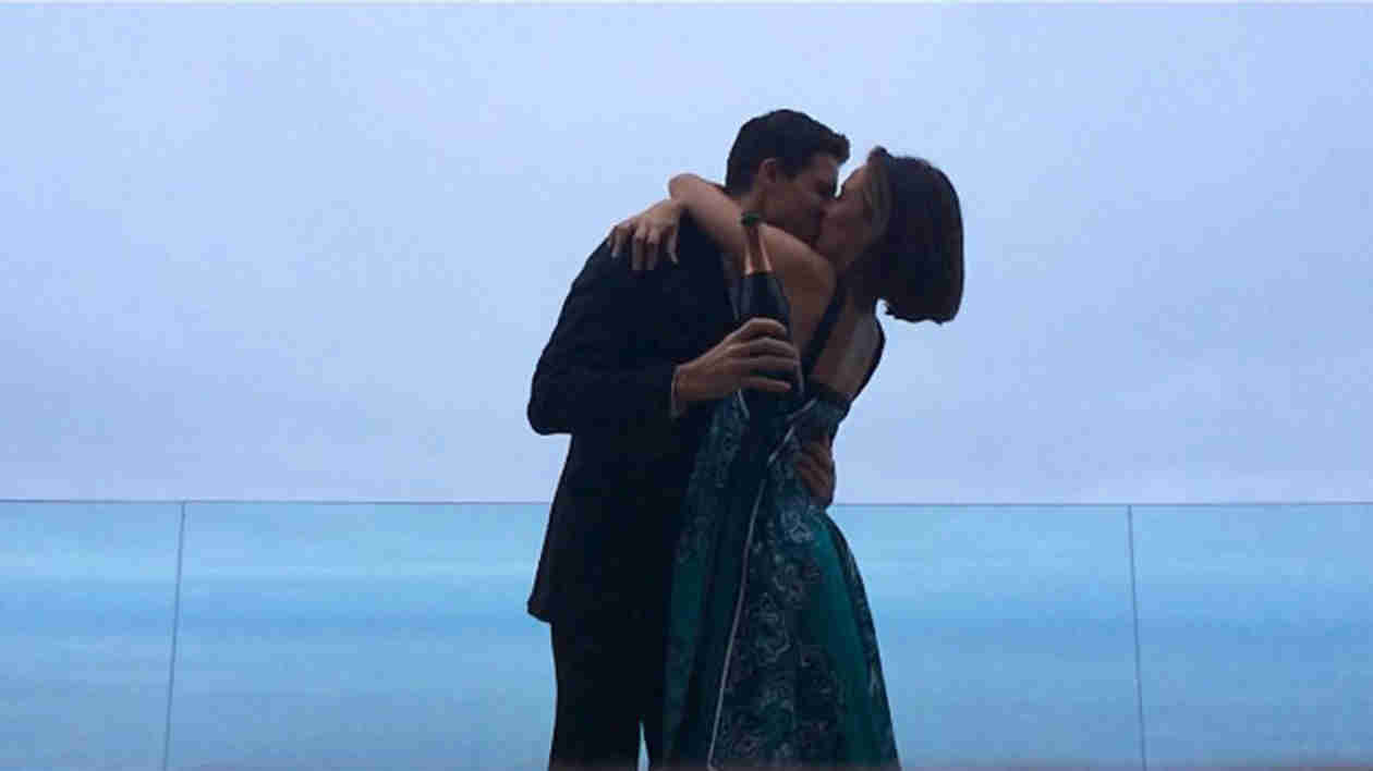 Robbie Amell and Italia Ricci Are Engaged (PHOTO)