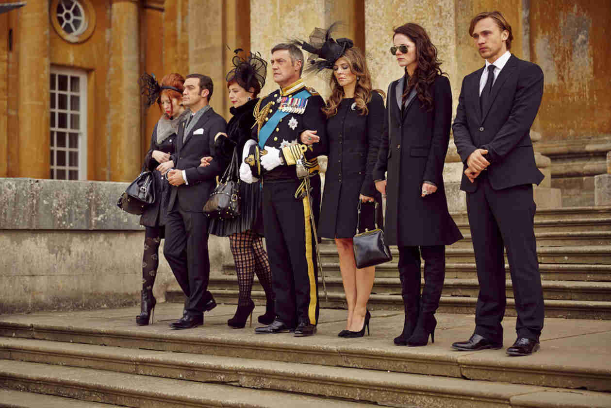 "E!'s The Royals ""Makes Gossip Girl Look Like a Disney Movie,"" Say Its Stars"