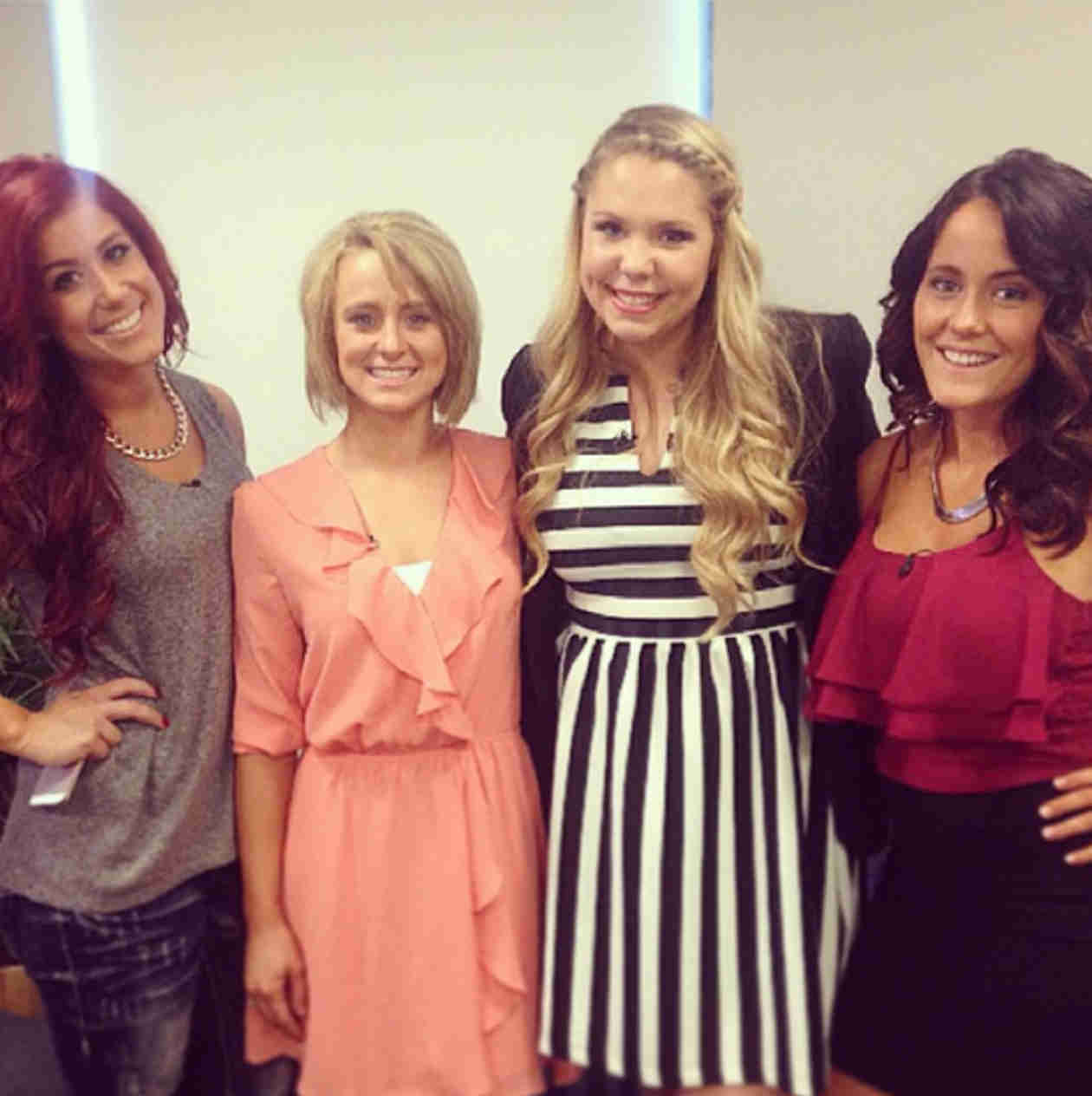 Teen Mom 2 Ladies Reunite! — See their Flawless Group Snapshot! (PHOTO)