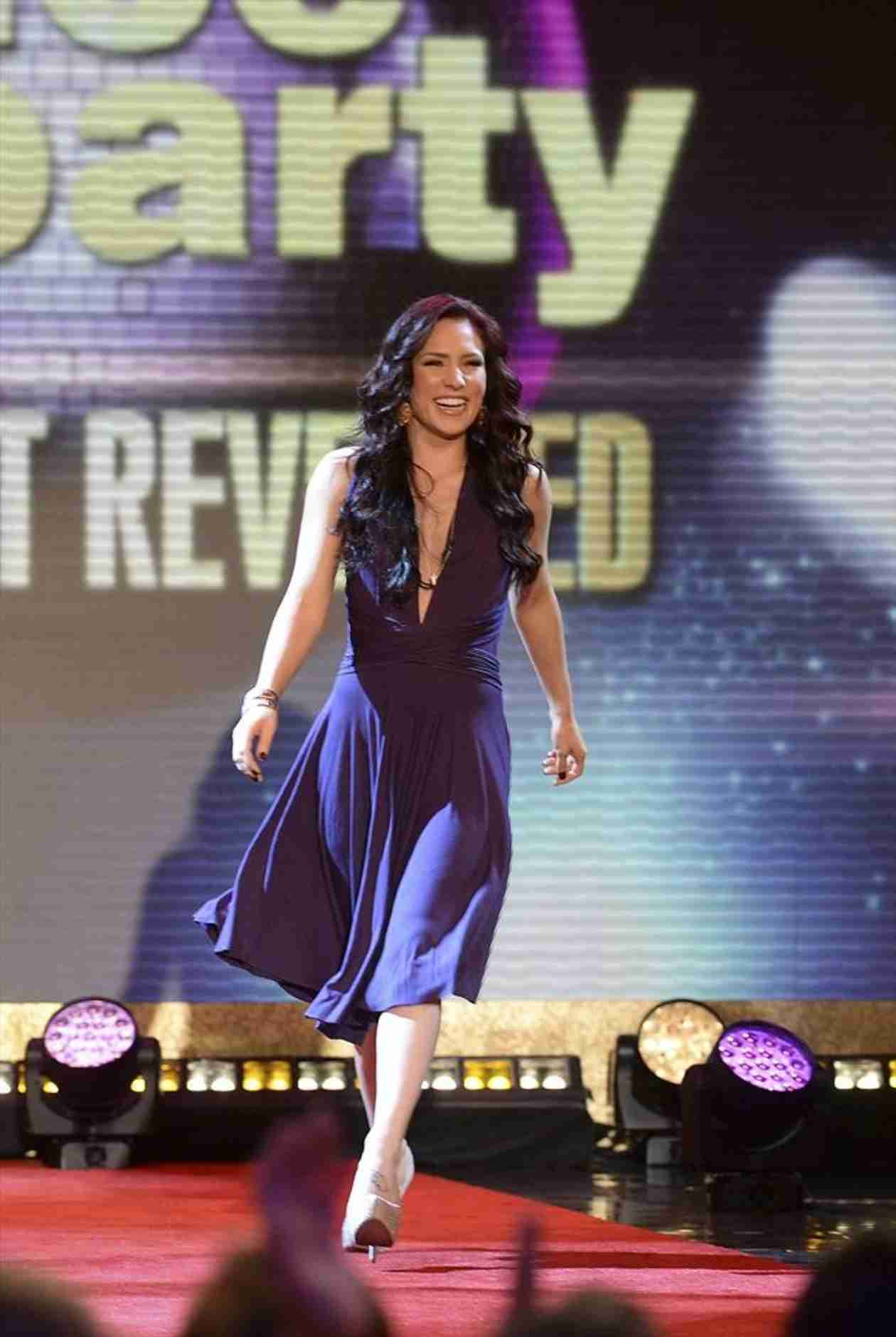 Dancing With the Stars Season 19: 13 Stars, Sharna Burgess Is Back In!