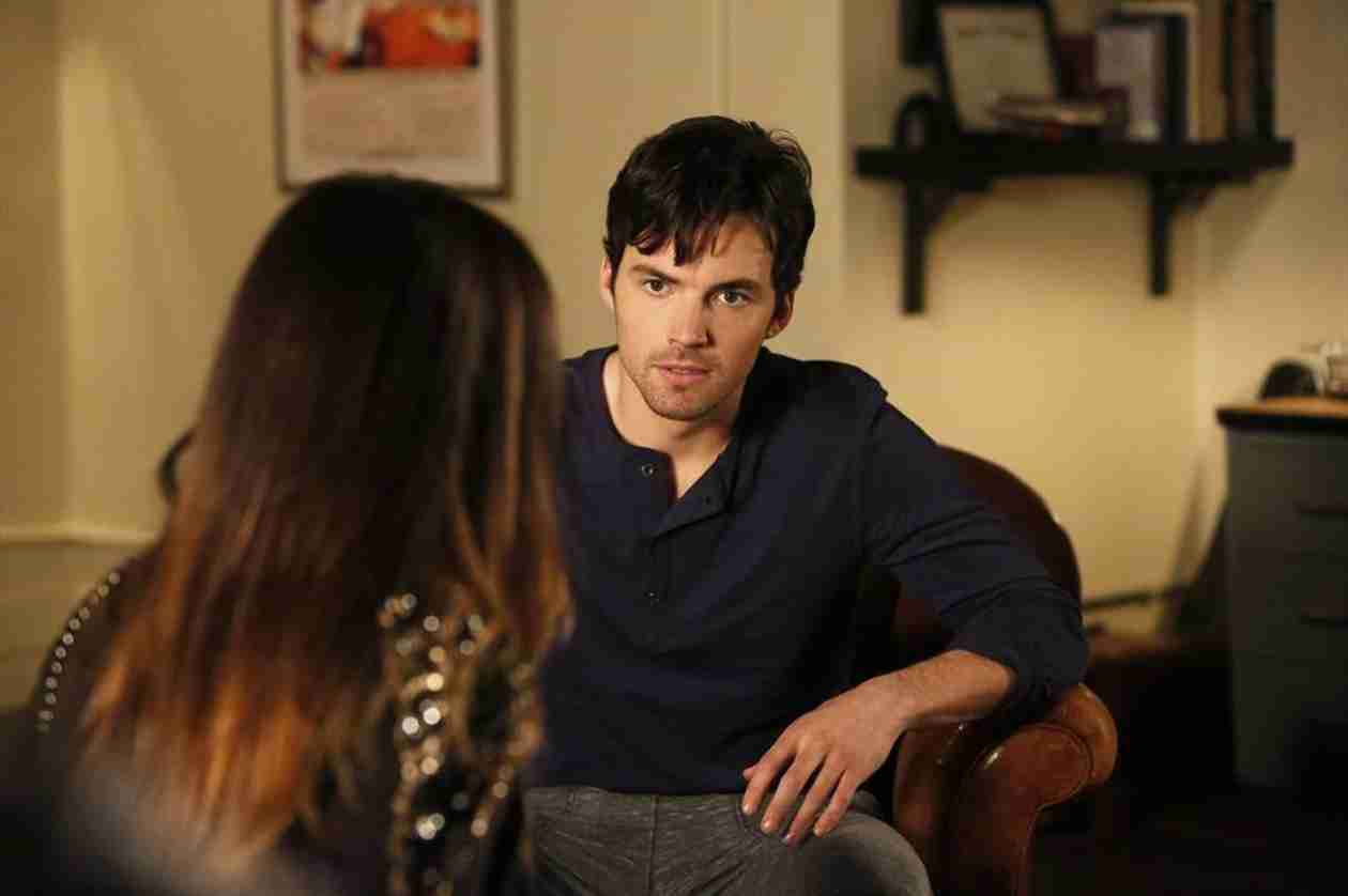 Which Pretty Little Liars Star Wanted Ezra to Die?