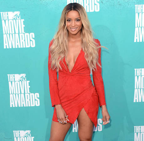Ciara's Engagement Ring From Future Missing in Latest Selfie (PHOTO)