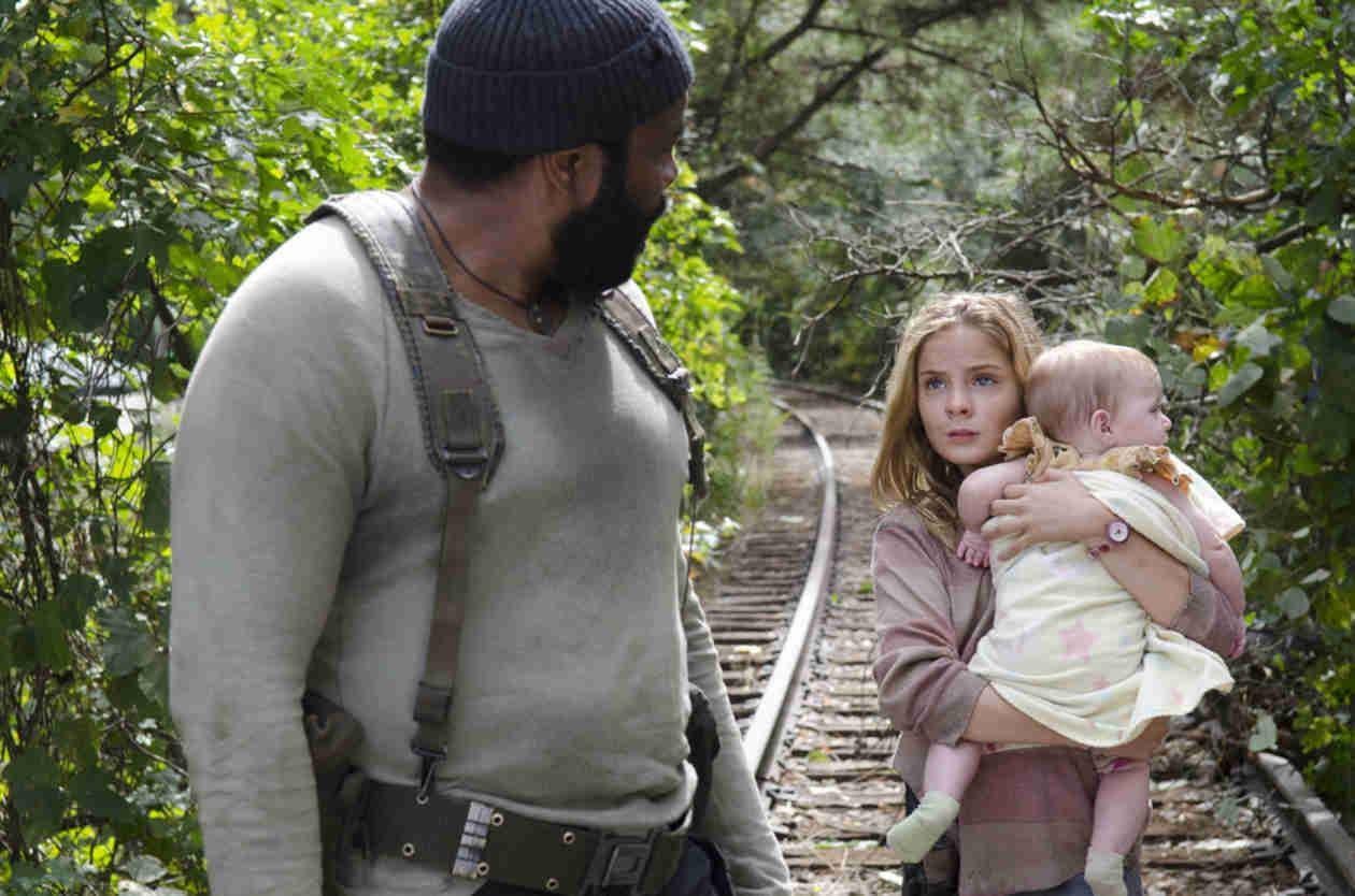 The Walking Dead Season 4 Deleted Scene: Zombie Baby!