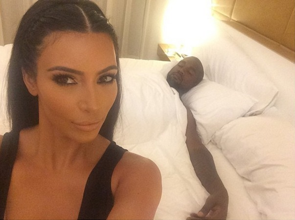 Kim Kardashian Lands New Publishing Deal For Her Selfie Book! (VIDEO)