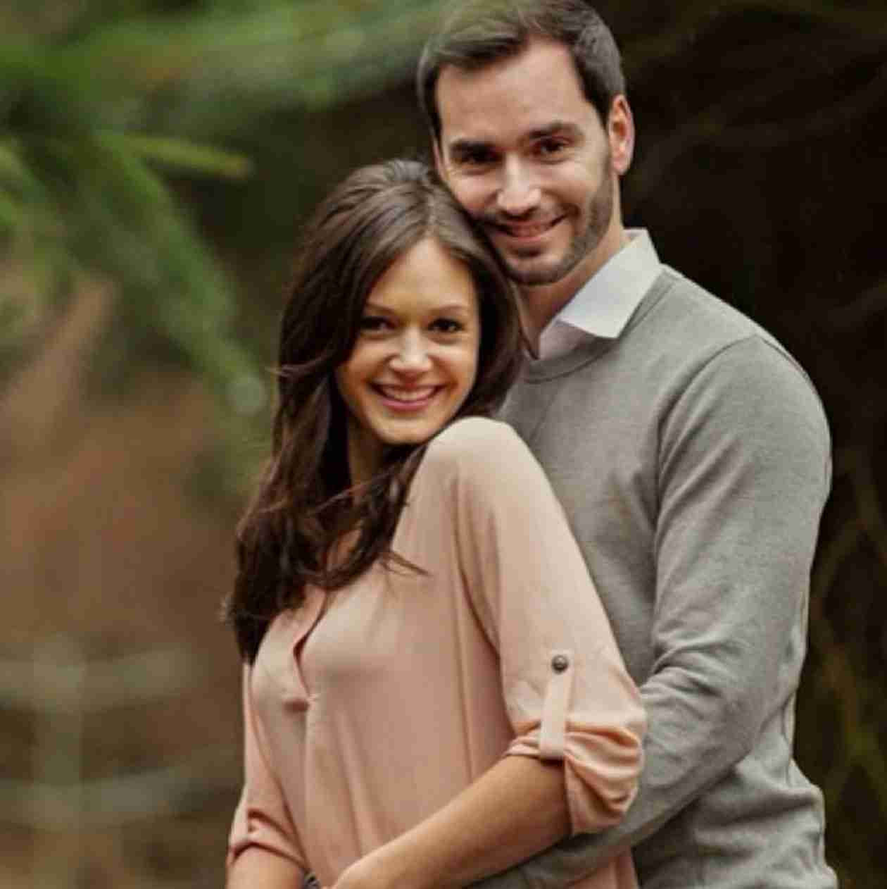 Who Are Desiree Hartsock's Bridesmaids in Her Wedding?