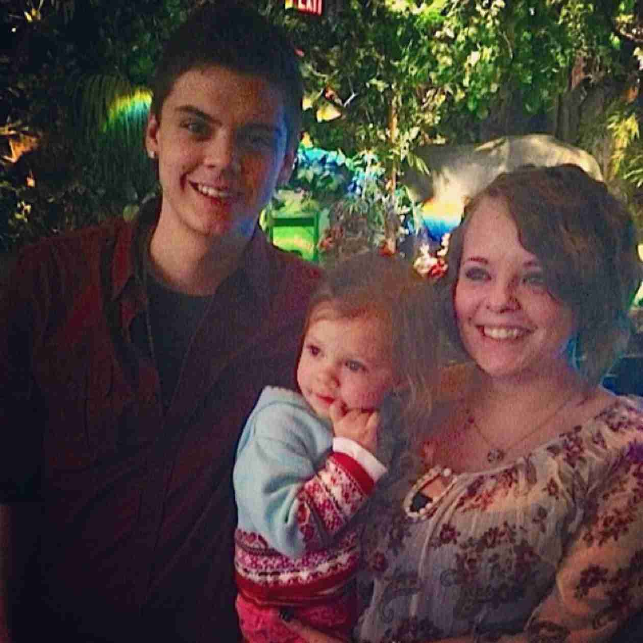 Tyler Baltierra Shares Throwback Pic of Daughter Carly (PHOTO)