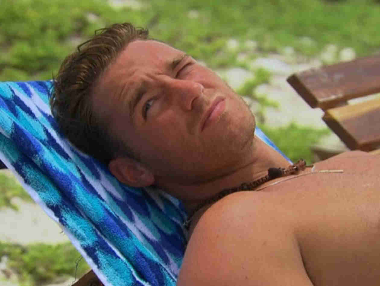 Bachelor in Paradise: The Guys' Necklaces Are Finally Explained!