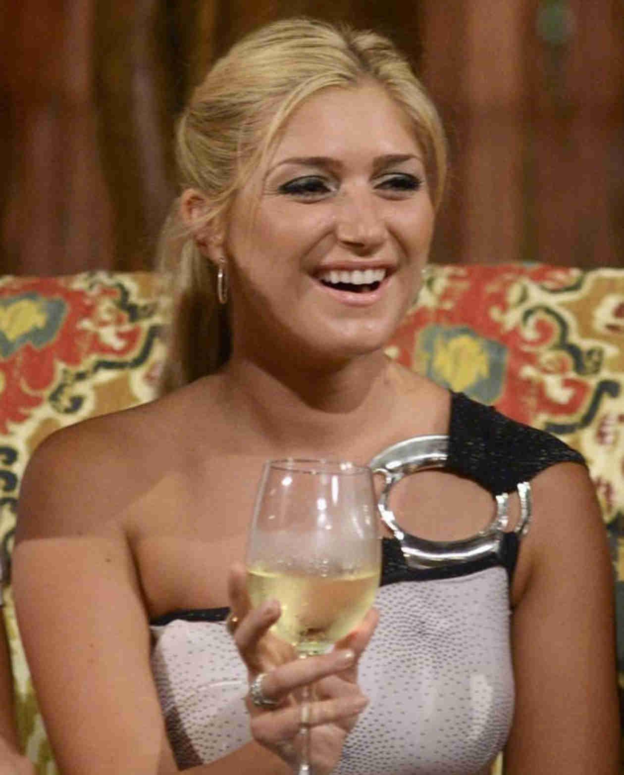 Bachelor in Paradise Episode 2 Twitter Recap: No, Elise Mosca, No!