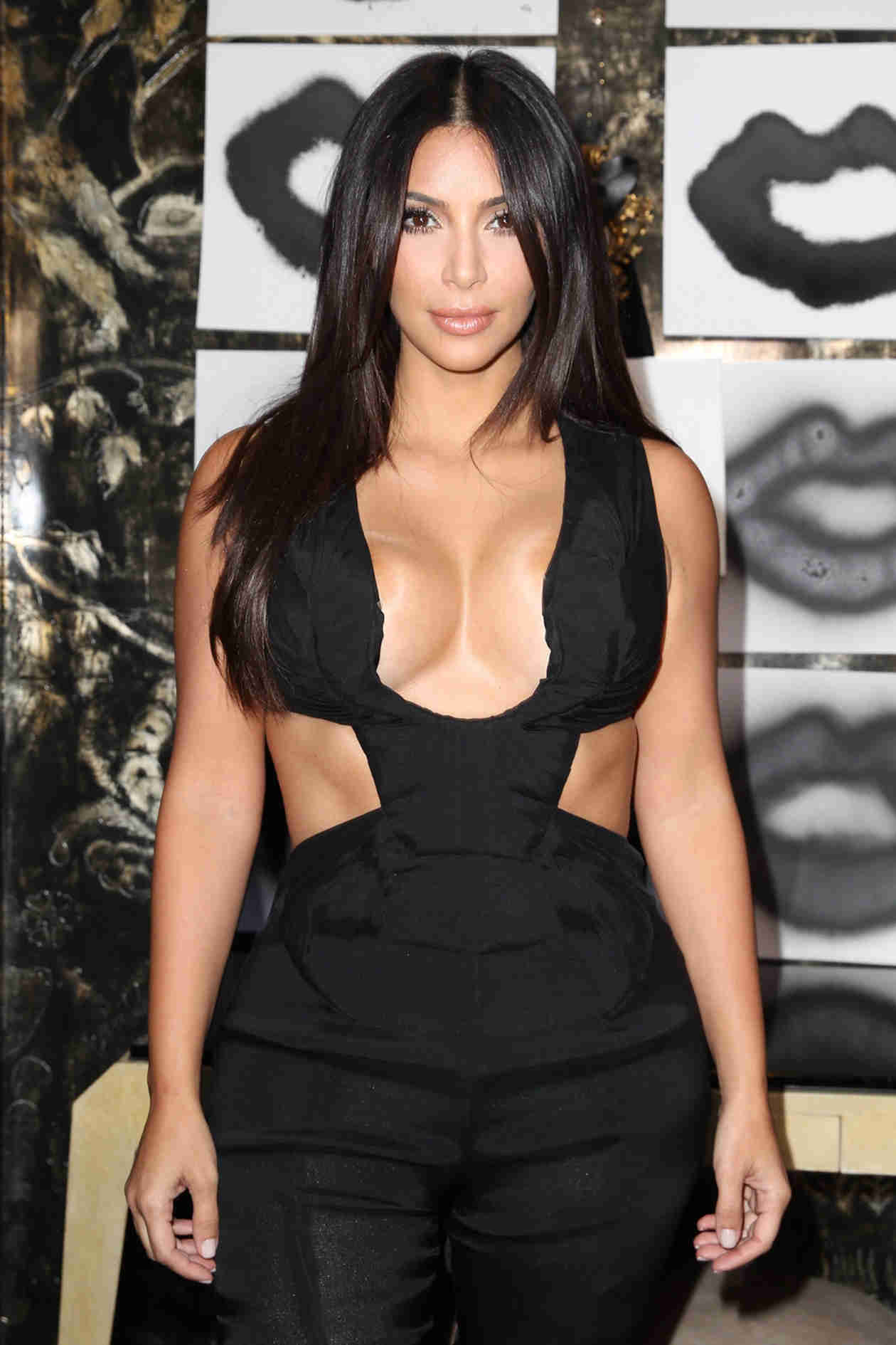 Kim Kardashian Kicked Reggie Bush's Alleged Former Flame Out of Kanye's VIP Section — Report (VIDEO)