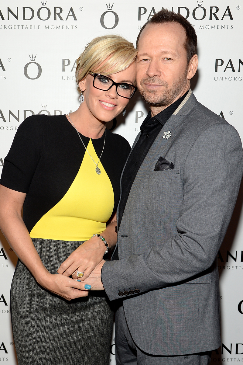 Jenny McCarthy and Donnie Wahlberg Tie The Knot Outside of Chicago