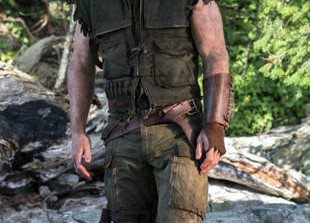 Arrow Spoilers: What Happened to Oliver Queen on the Mysterious Island? - Exclusive