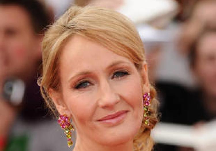 w310_JK-Rowling--2603905265673221124
