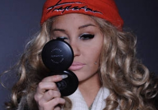 Amanda Bynes Wants to Collaborate With Kanye West on a Fashion Line