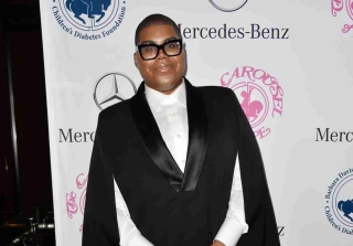 EJ Johnson Flaunts Weight Loss in Leather Booty Shorts (PHOTOS)