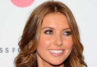 Audrina Patridge Breastfeeds Daughter While Wedding Dress Shopping