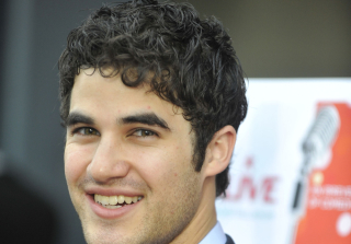 Darren Criss Lands Lead in Romantic Comedy — Get the Details!