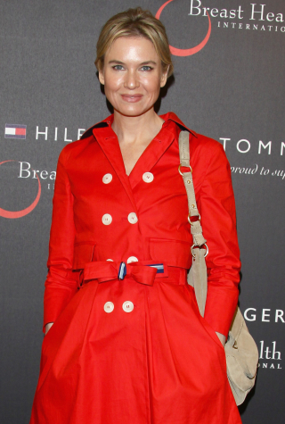 Renee Zellweger Attends Tommy Hilfiger Limited Edition Bag Launch For Breast Health International