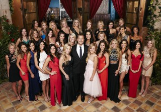 Bachelor 2015: Which WWE Diva Is a Contestant on Chris Soules' Season 19?