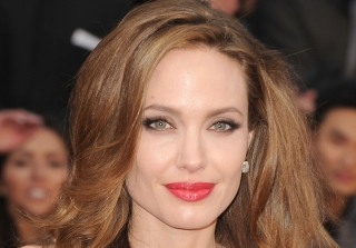 Angelina Jolie Purchased a $6.9 Million Mansion (PHOTOS)