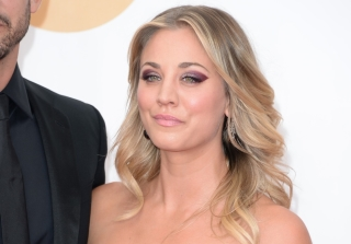 Kaley Cuoco Adopts a New Dog After Divorce Announcement (PHOTOS)