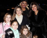 w630_Teresa-Giudice-and-Daughters-See-NeNe-Leakes-in-Cinderella-on-Broadway-1418339798